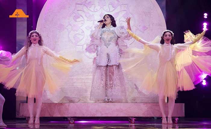 Τελικός Eurovision με πολλά ειδικά!